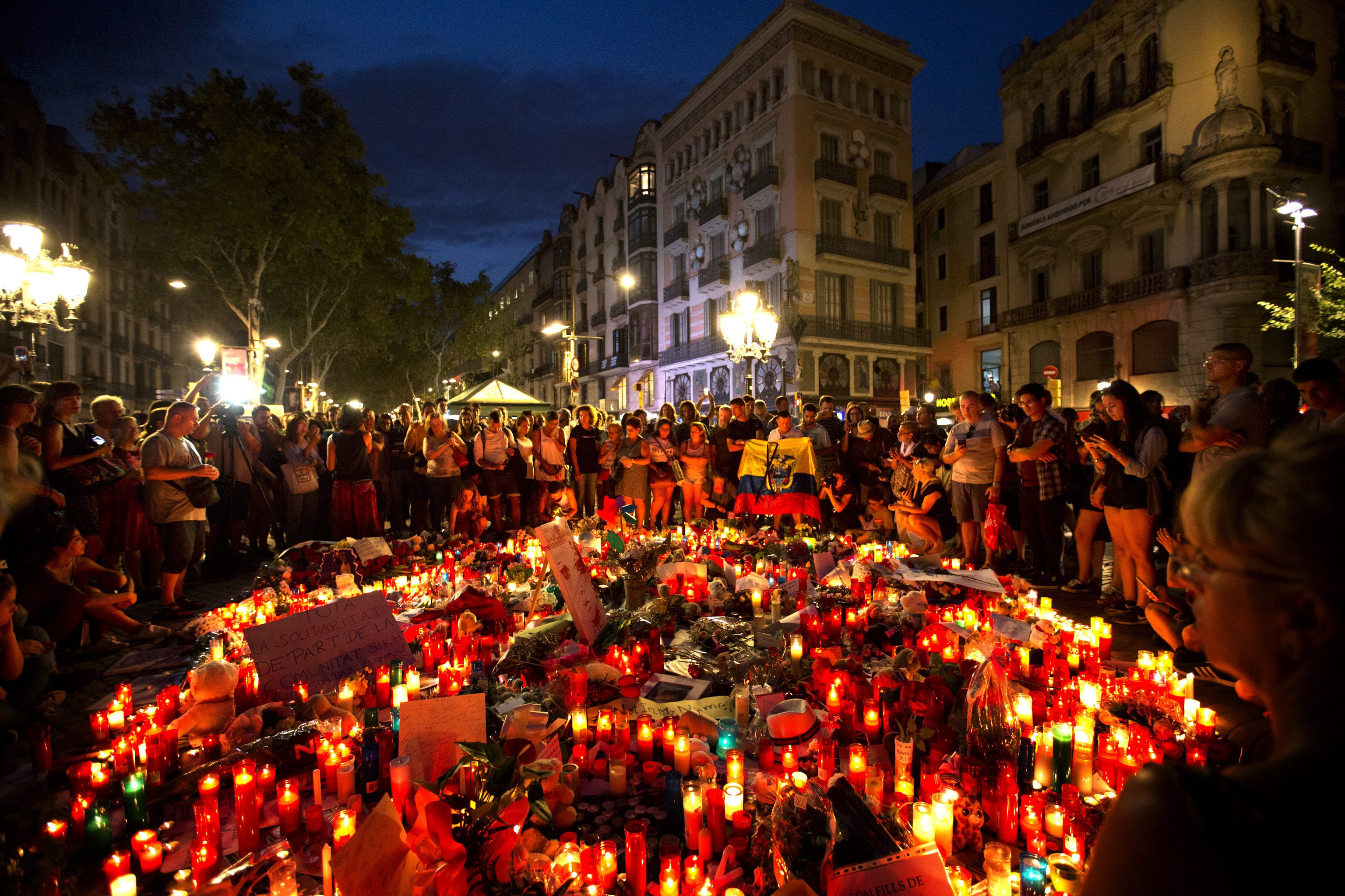 terrorism in spain Exercise increased caution in spain due to terrorism terrorist groups continue plotting possible attacks in spain terrorists may attack with little or no warning, targeting tourist locations, transportation hubs, markets/shopping malls, local government facilities, hotels, clubs, restaurants, places of worship, parks, major sporting and cultural events, educational institutions, airports .