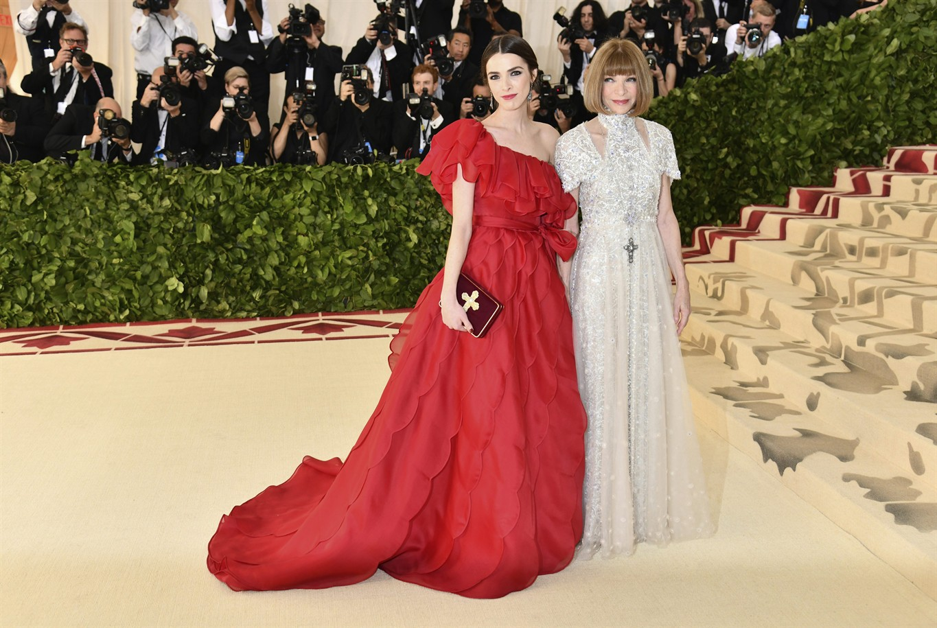 Download Met Gala 2018 Anna Wintour - NYJW105-57_2018_213813_hd  Best Photo Reference_881612.jpg